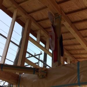 棟上 御幣|神戸市須磨区西須磨の注文住宅「片流れ屋根の平屋」無添加住宅モスハウス現場中継