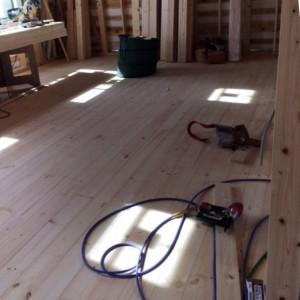 床張り|神戸市須磨区西須磨の注文住宅「片流れ屋根の平屋」無添加住宅モスハウス現場中継