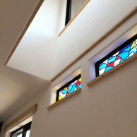 ステンドグラス仕様の窓|明石市東野町の注文住宅 無添加住宅モスハウス田端の施工事例