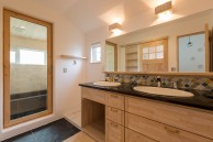 デザインタイルで装飾した洗面化粧台|神戸市垂水区の注文住宅 モスハウス田端の施工事例