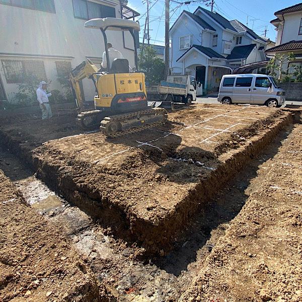 基礎掘り方